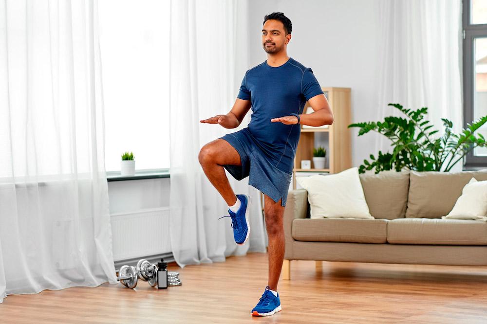 «Синдром коридора» и другие проблемы при занятиях спортом дома во время карантина